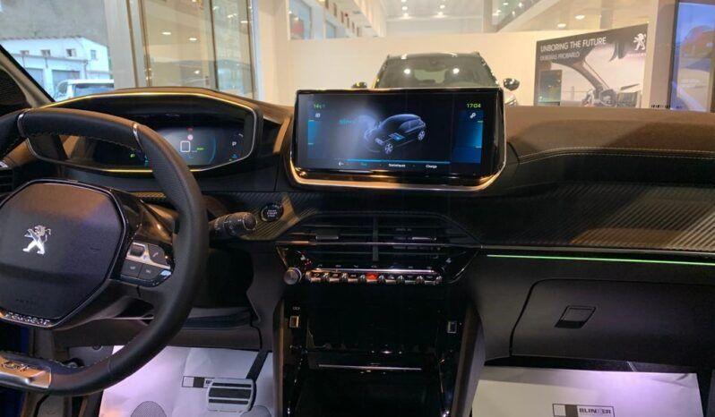 PEUGEOT e-208 GT eléctrico 136cv (100kw) lleno